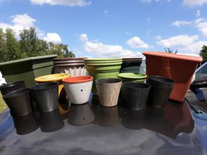 26 Piece Plant Pots & Garden Accessories Assorted sizes and colors for Sale in Lakeland, FL