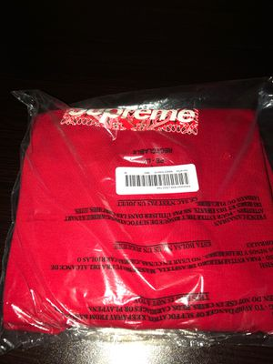 Supreme Bandana Box Logo Medium Red for Sale in Los Angeles, CA