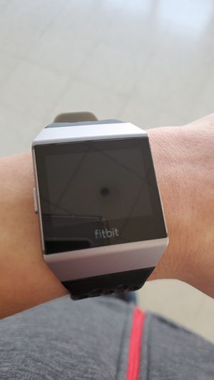 Fitbit Ionic for Sale in Bristol, CT