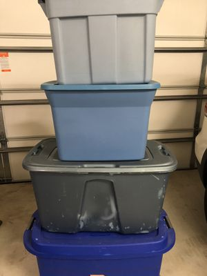 4 storage containers for Sale in Round Rock, TX