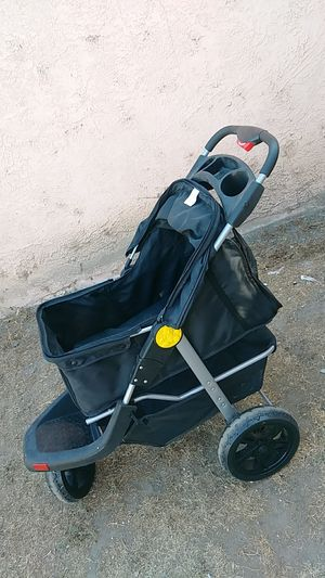 Dog stroller for Sale in Lynwood, CA