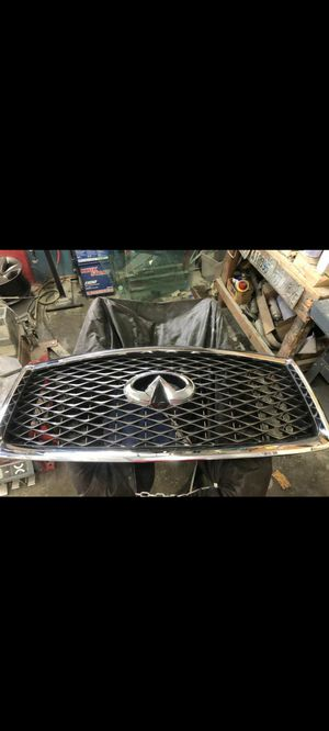 Infiniti 2019 front grill with front camera for Sale in Kent, WA