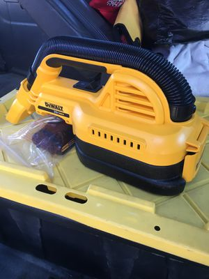 Dewalt vacuum for Sale in San Jose, CA