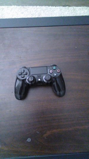 PS4 PlayStation 4 controllers shiny black/jet black for Sale in Anaheim, CA