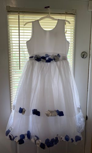 FLOWER GIRL DRESS SIZE 12 for Sale in Alexandria, VA