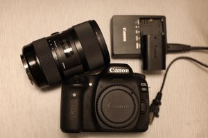 Canon EOS 80D for Sale in Mount Prospect, IL