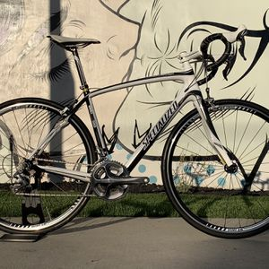 Specialized Roubaix Expert Full Carbon ultegra Road Bike Size 54 for Sale in Diamond Bar, CA