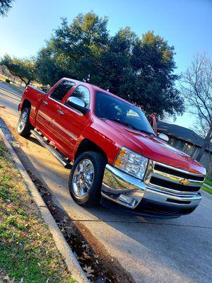 2013 chevy Silverado LT. Super limpia $ cash ** for Sale in Dallas, TX