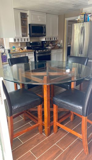 Large Glass Dinning Kitchen Table for Sale in Antioch, CA