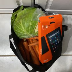 Free Food And Fire Tablet For Parts for Sale in Hollywood,  FL