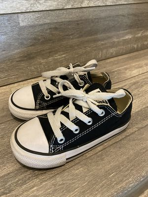Converse All Stars size 8 toddler for Sale in San Diego, CA
