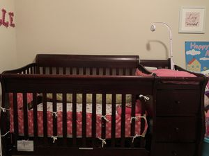 Baby Crib for Sale in Riverview, FL