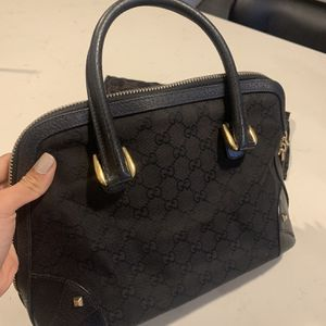 Top Handle Authentic Gucci Bag for Sale in Miami, FL