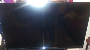 Vizio 39 inch tv works like new for Sale in Oakland, CA