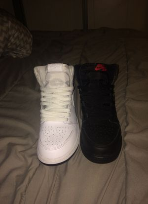 2 pairs of brand new Jordan 1 Size 6 both for Sale in San Leandro, CA