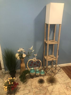 Lamp and decorations for Sale in Nashville, TN
