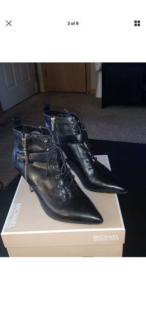 Brena bootie by Michael Kors/ black/size 9 1/2 for Sale in Oskaloosa, IA
