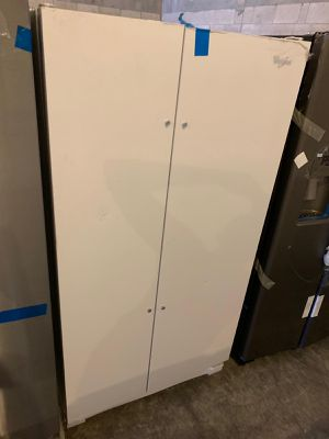 Whirlpool side by side refrigerator,brand new for Sale in Oakland Park, FL