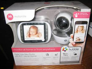 Motorola MBP853CONNECT Dual Mode Baby Monitor with 3.5-Inch LCD Parent for Sale in Traverse City, MI