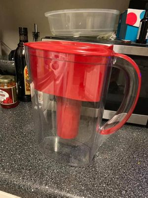 Brita Water Filter (doesn't come with inside filter) for Sale in Newnan, GA