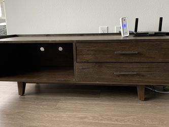 TV Console for Sale in Milwaukie,  OR