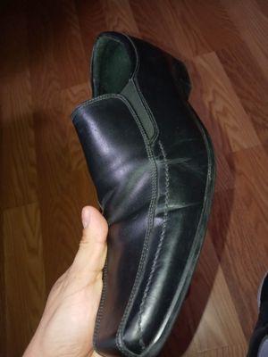 Zapatos de vestir Size 9.5 for Sale in Houston, TX
