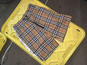 Burberry shorts size s for Sale in Pasadena, CA