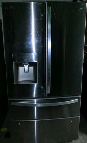Kenmore Stainless French door refrigerator with ice maker, 2 freezer drawers $650 for Sale in Dearborn Heights, MI