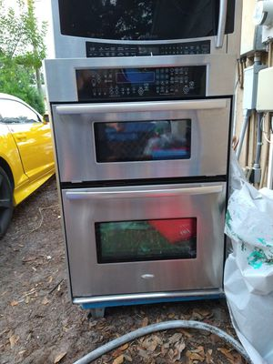 Whirlpool combo microwave and oven for Sale in Bradenton, FL