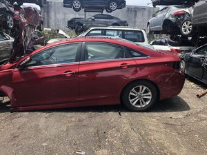 2014 Hyundai sonata for parts engine transmission for Sale in Miramar, FL