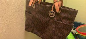 Michael kors mk bag is very clean for Sale in Riverside, CA