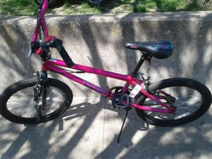 Like new girl's 20inch mongoose bike 50$ for Sale in Dallas, TX