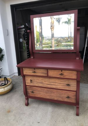 Antique 4 drawer dresser with mirror for Sale in San Juan Capistrano, CA