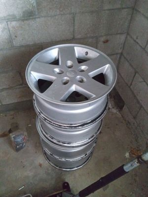 18 inch Jeep Wheels for Sale in Bloomfield, NJ