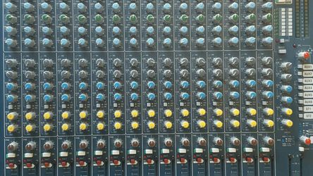 ALLEN AND HEATH MIX WIZARD for Sale in Norco,  CA