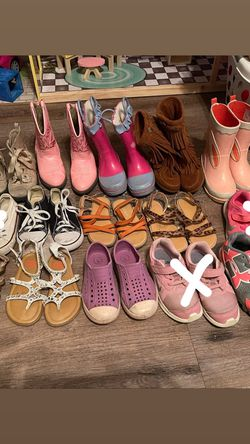 Toddler Girl Shoes Sizes 8-10 for Sale in Austin,  TX