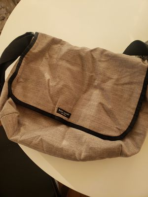 Kate spade messenger bag for Sale in Hermosa Beach, CA