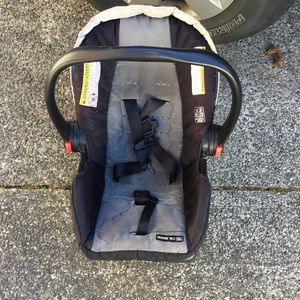Baby car seat $20 for Sale in Tacoma, WA