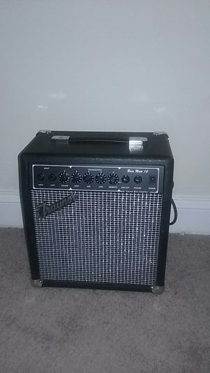 Traynor Amplifier Bass Mate 10 for Sale in Alexandria, VA