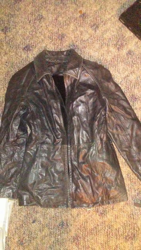 Woman leather jacket with velvet inlay