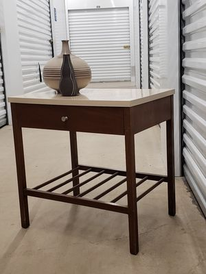Mid Century Modern End table / Nightstand for Sale in Baltimore, MD