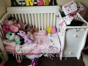 Crib and Changing table for Sale in Compton, CA