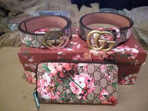 Gucci items...belts.. Wallets for Sale in Concord, CA