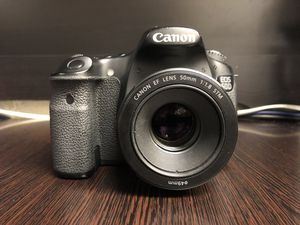 Canon 60d with 50mm and 75-300 lens and 3 battery's for Sale in Fairfield, CA
