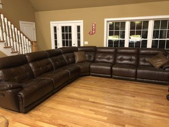 Leather Couch 12 x 12 for Sale in Taunton,  MA