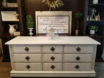 GORGEOUS Vintage White Farmhouse Shabby Chic Buffet Hutch or Dresser for Sale in Meridian,  ID