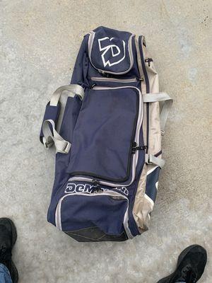 Demarini- bat bag (equipment) for Sale in Compton, CA