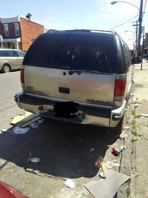 Chevy blazer 1999.. Car need a new motor plus need the back of the muffler im selling it for 500$ no more then that or ill trade it for Sale in Philadelphia, PA