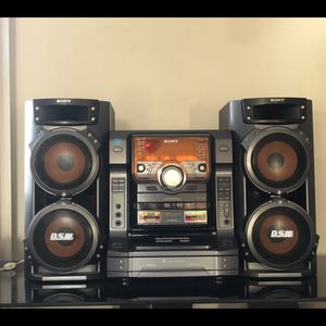 Sony HCD-ZX6 AM/FM Cassette 5 Disc CD 540W Hi-Fi High-Powered Receiver Speakers for Sale in Chicago Ridge, IL