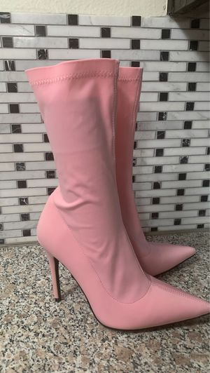 STILETTO HEELED ANKLE BOOTS in pink for Sale in Huntington Beach, CA